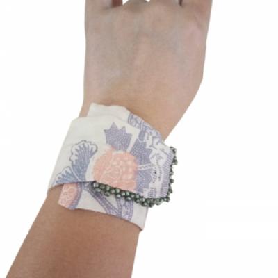 gelang-etnik-aksesoris-gelang-wanita-g15-gesyal-pastel-gelang-tangan-lilit