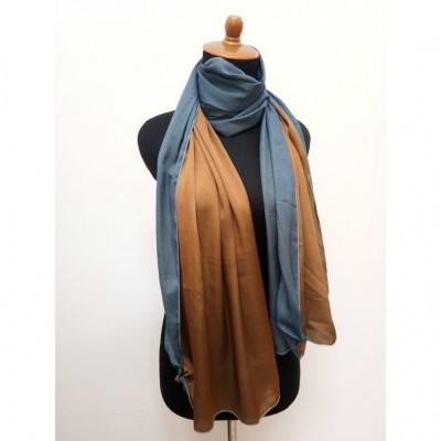 gesyal-reversible-satin-scarf-travelling-wanita-biru-gold