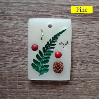 pewangi-gantung-lemari-laci-wax-sachet-premium-pine