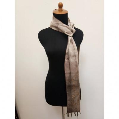 gesyal-syal-travelling-motif-batik-scarf-wanita-coklat
