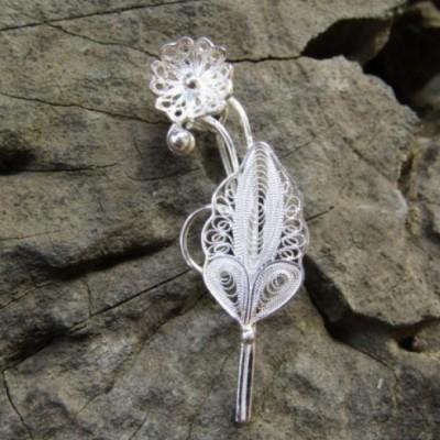 bross-perak-filigri-motif-bunga-dan-daun-100323