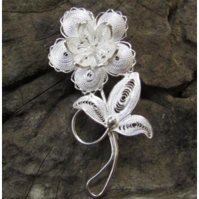 bross-perak-filigri-motif-bunga-kecil-dan-daun-100327