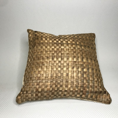 bengok-pillow_bantal-enceng-gondok-handmade