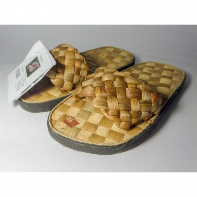 bengok-slipper-selop-kids_selop-anak-enceng-gondok-handmade