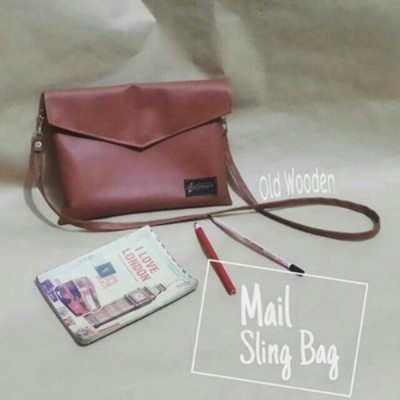 mail-sling-bag-old-wooden