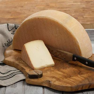 artisan-made-swiss-style-raclette-keju-raclette-khas-swiss-220g