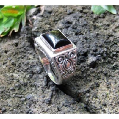 cincin-perak-motif-ukiran-simpel-batu-black-onyx-100274