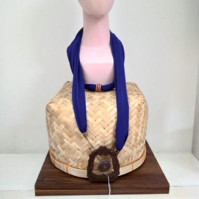 kalung-syal-batik-handmade-kalung-unik-gamelan-gong-gesyal-navy