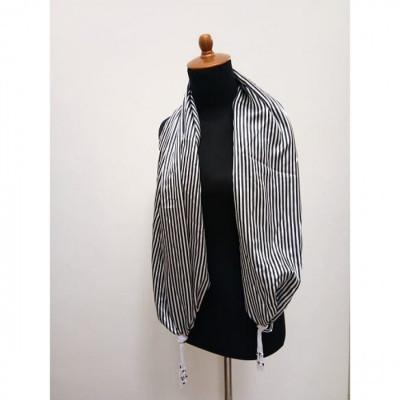 gesyal-syal-trevelling-wanita-silky-print-zebra-black-white-beads-box-scarf