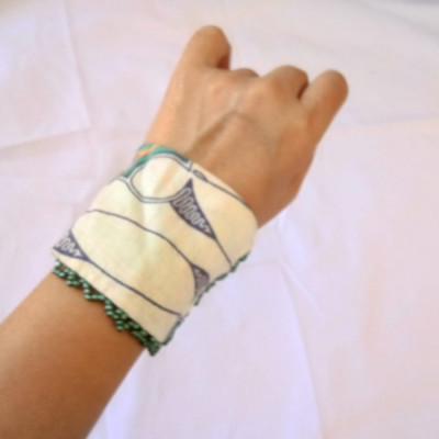 gelang-tangan-handmade-batik-wanita-etnik-parang-tosca-gesyal