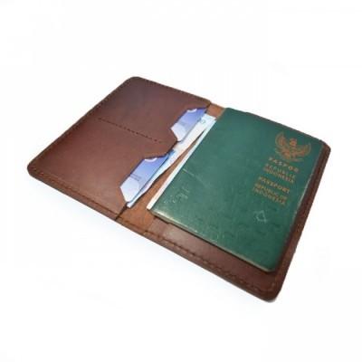 dompet-passport-simpel-kulit-sapi-asli-warna-coklat-passport-cover