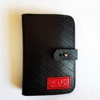 dompet-passport-dari-ban-dalam-truckmobil-inner-tube-unisex-label-merah-daur