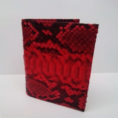 dompet-pria-kulit-asli-ular-phyton-model-tegak-warna-merah