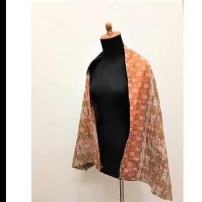 gesyal-syal-travelling-wanita-motif-batik-scarf-coklat