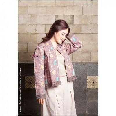blazer-batik-lace