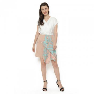 rok-midi-batik-asimetris-depan-kombinasi-peach-tosca-gesyal-.-bahan-licin-dan-warna-netral