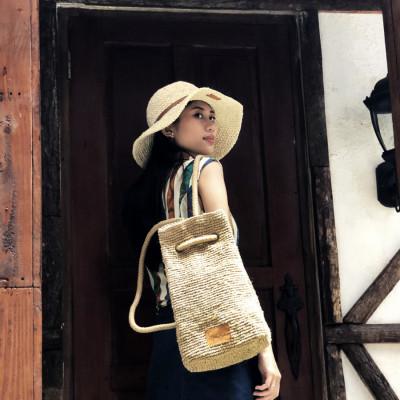 vintage-raffia-stylish-bag-chrochet-beach-backpack-palm-handmade