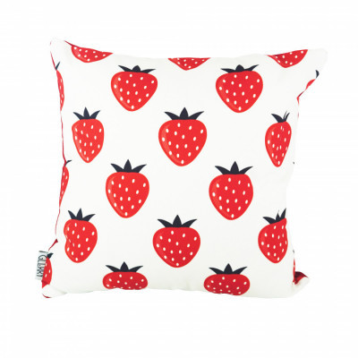 strawberries-cushion-40-x-40