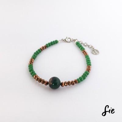 gelang-manik-hijau-emas