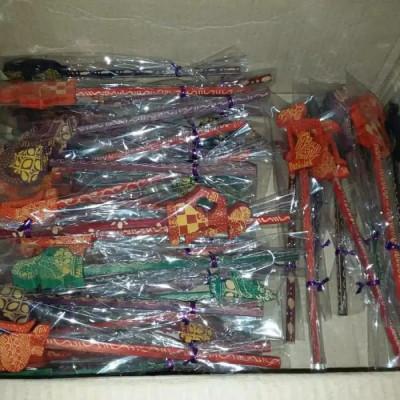 pensil-karakter-wayang-souvenir-indonesia-jogja