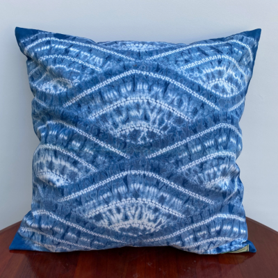 natural-dye-cushion-cover-alunan-ombak