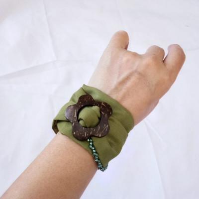 gelang-handmade-kain-wanita-etnik-hijau-polos-gesyal