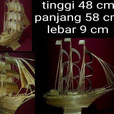 kapal-pinisi-bambu-handmade