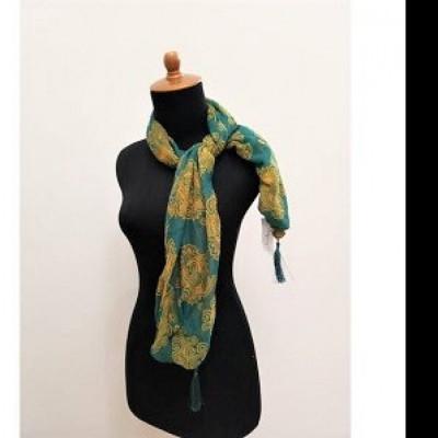 gesyal-syal-travelling-wanita-motif-hijau-kuning-box-voile-scarf