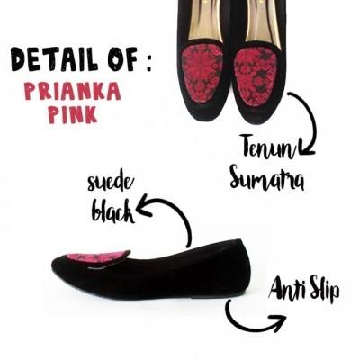 prianka-pink