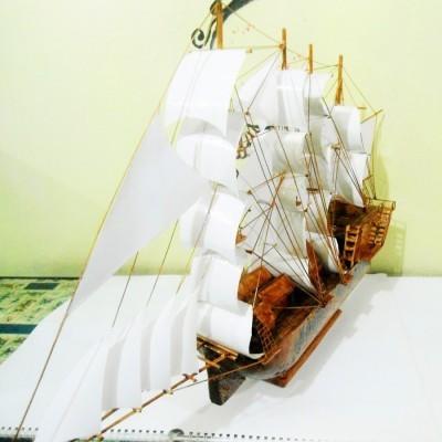 miniatur-kapal-kayu-james-cook